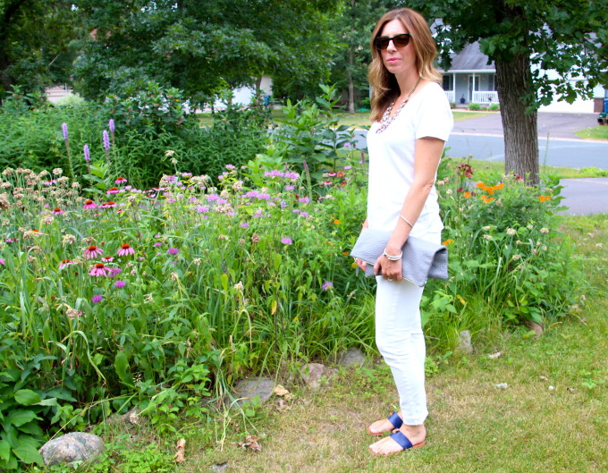 white jeans, white tee, bauble bar, clare v, grey clutch