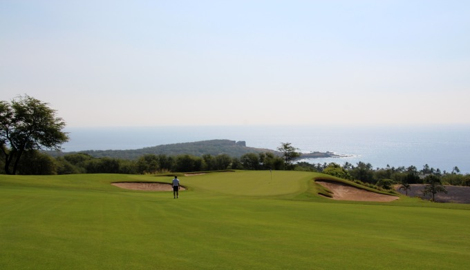 Golfing at The Challenge at Manele Bay Lanai