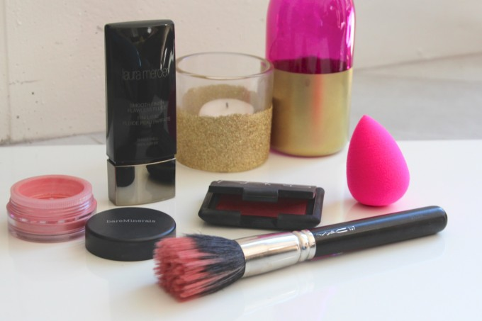 best products to fake a pregnancy glow
