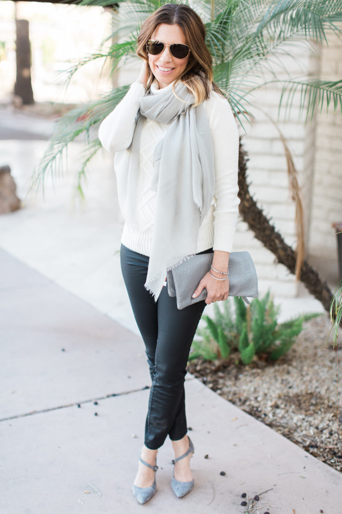 Cream Sweater, Grey Guyana Scarf