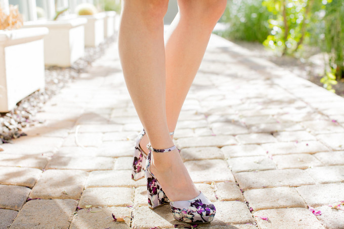 Outfit Post: Floral Banana Republic Pumps